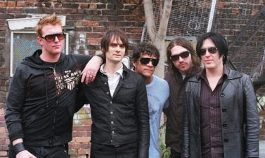 Queens Of The Stone Age graban en Enero