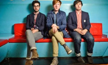 Detalles sobre el segundo disco de Two Door Cinema Club