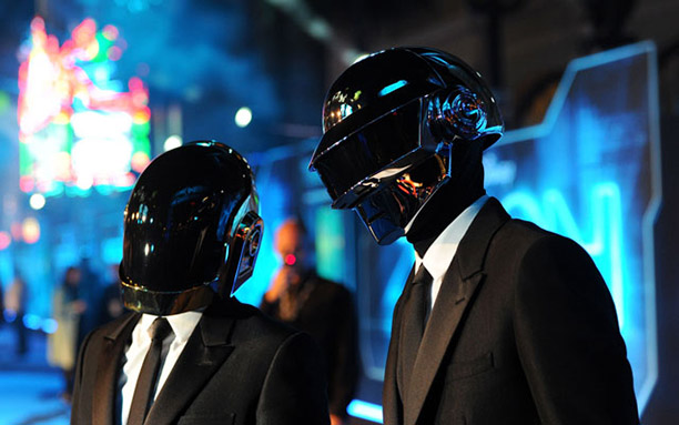 Daft-Punk-Signs-with-Sony