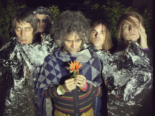 "Escucha el nuevo tema de los Flaming Lips con ""Sun Blows Up Today"""