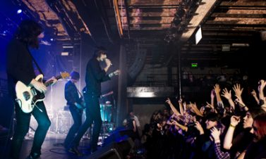 "The Horrors y The Cribs lanzarán EPS en conmemoración al ""Record Store Day"""