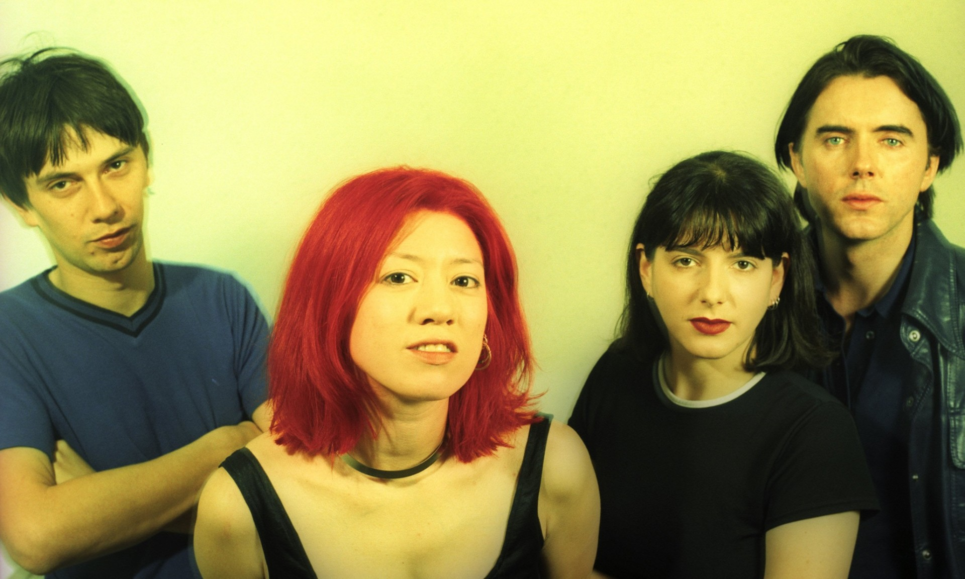NEW YORK - JULY 1996: (EDITORS NOTE: THIS IMAGE WAS CREATED USING CROSS-PROCESSED FILM) English rock band Lush (L - R) bassist Phil King, vocalist/guitaristMiki Berenyi, guitarist Emma Anderson and drummer Chris Acland pose for a July 1996 portrait in New York City, New York. (Photo by Bob Berg/Getty Images