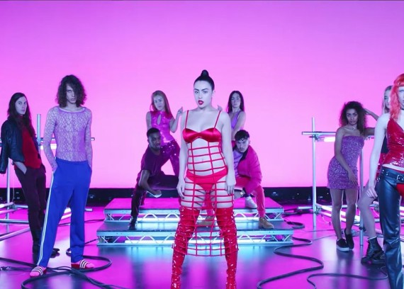 charli-xcx-sophie-vroom-video