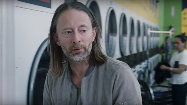 458947-thom-yorke-radiohead-daydreaming