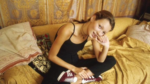 kate-moss-just-brought-back-the-90s-most-iconic-trainer-1467200015